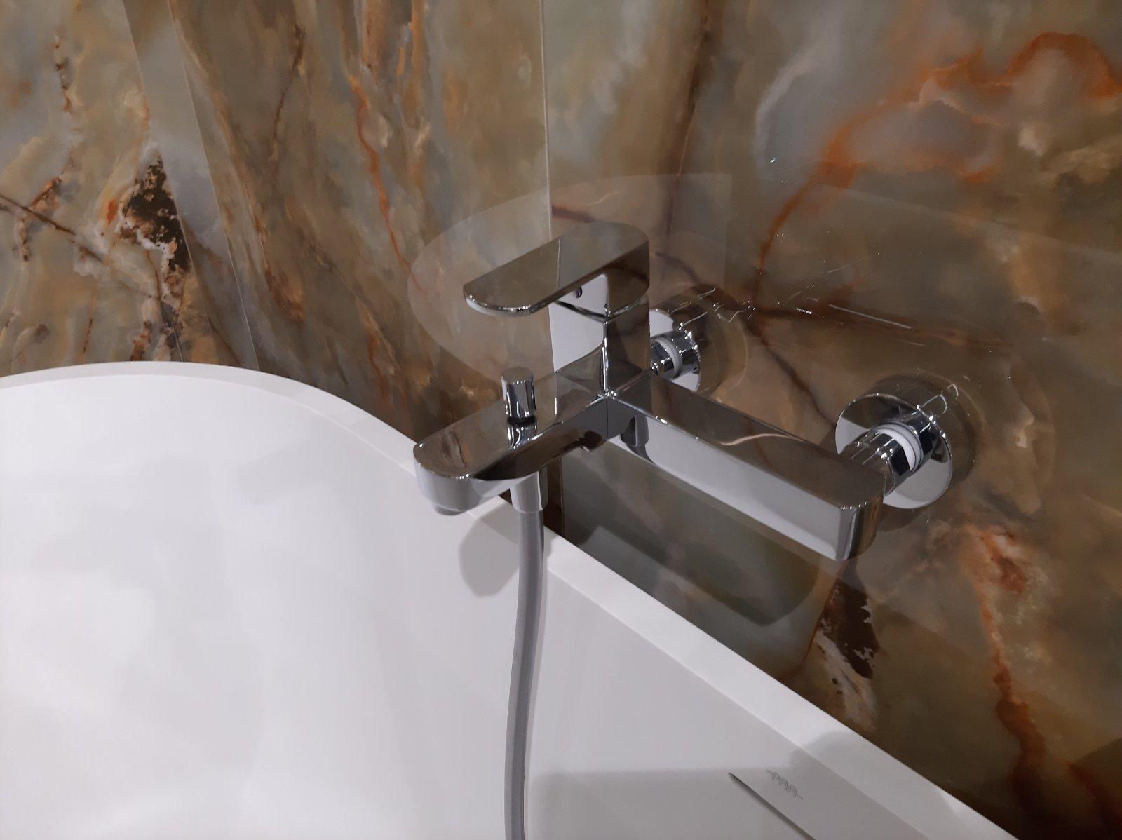 Продаж Кран Одноважільний для ванни змішувач з доставкою по Києву